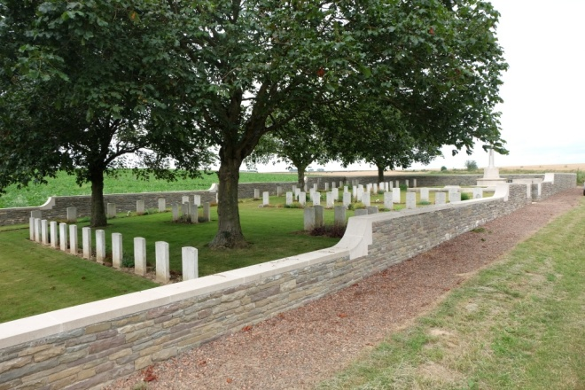 Mesnil Ridge Cemetery (Photo CWGC)